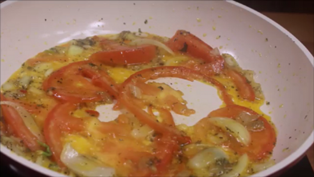 pan with tomatoes
